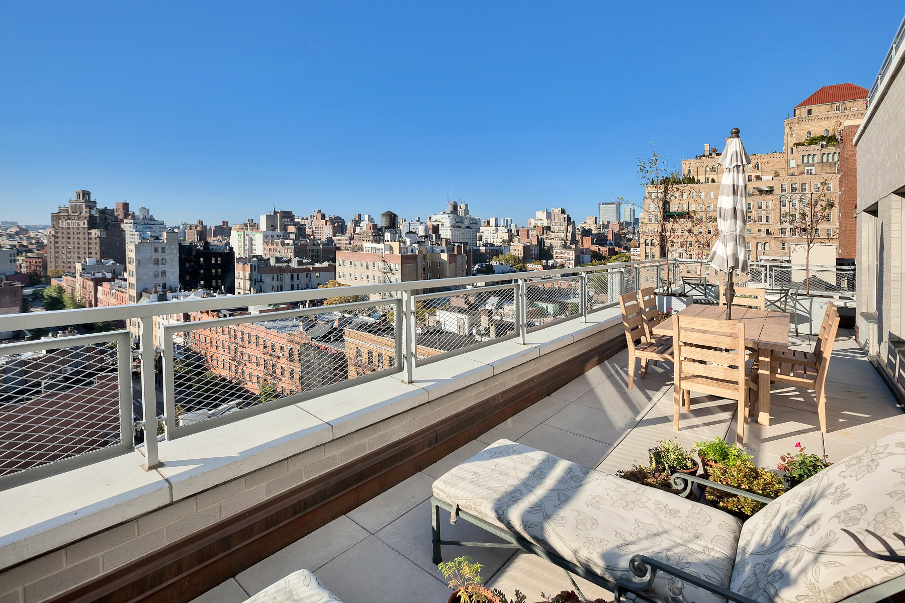 sales property at Terraces at 2 Fifth Avenue