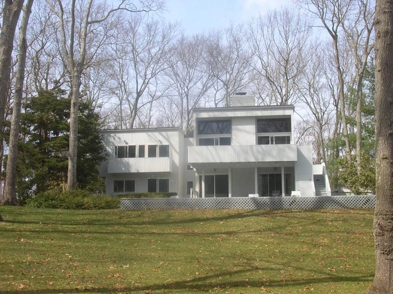 Property Of Great Location Near East Hampton Village