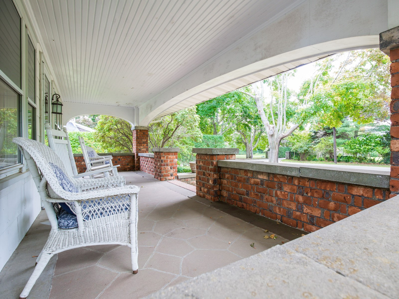 Additional photo for property listing at Amagansett Lanes 93 Meeting House Lane Amagansett, New York 11930 United States