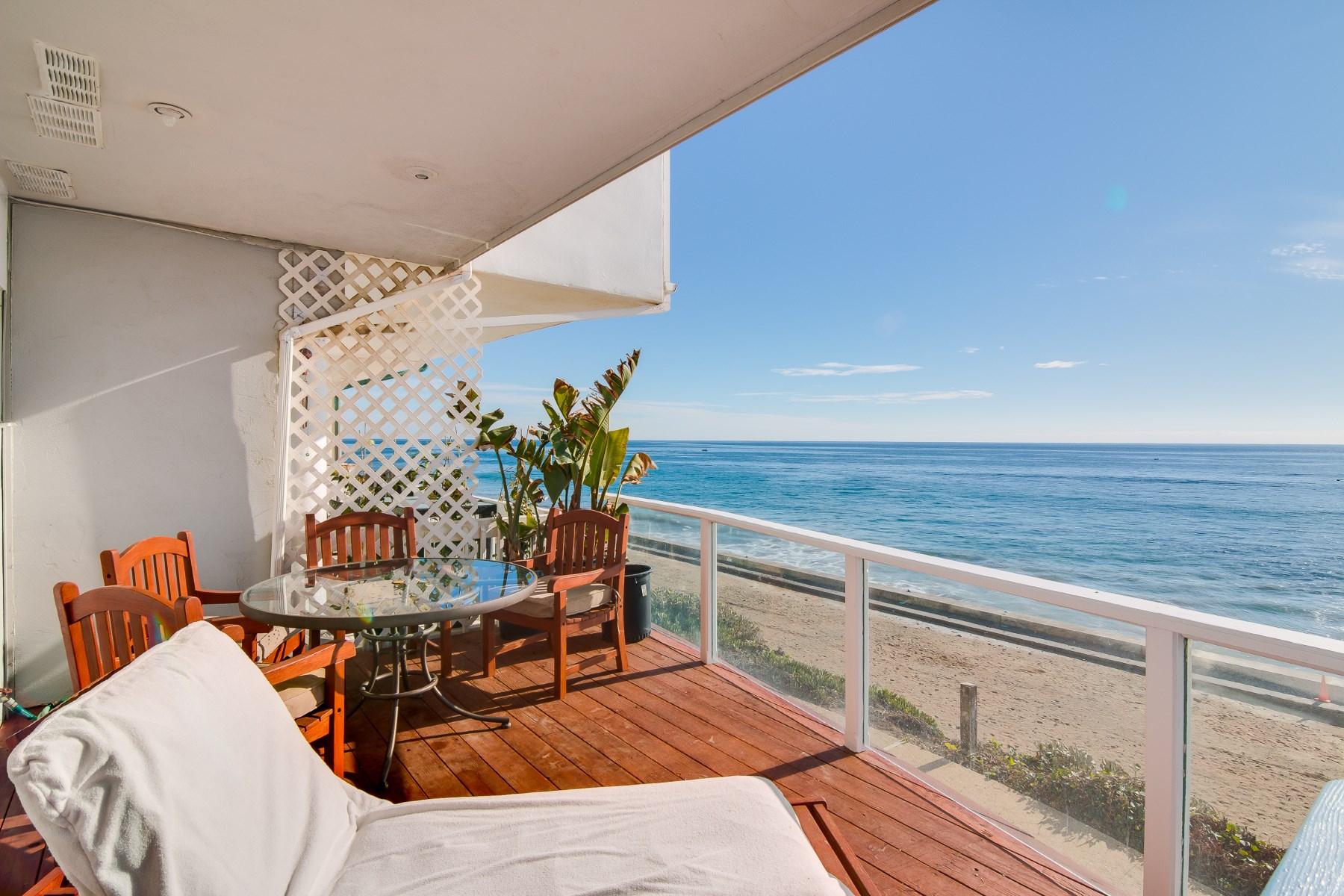 Vivienda unifamiliar por un Venta en Malibu Beach Front 11876 Beach Club Way Malibu, California, 90265 Estados Unidos