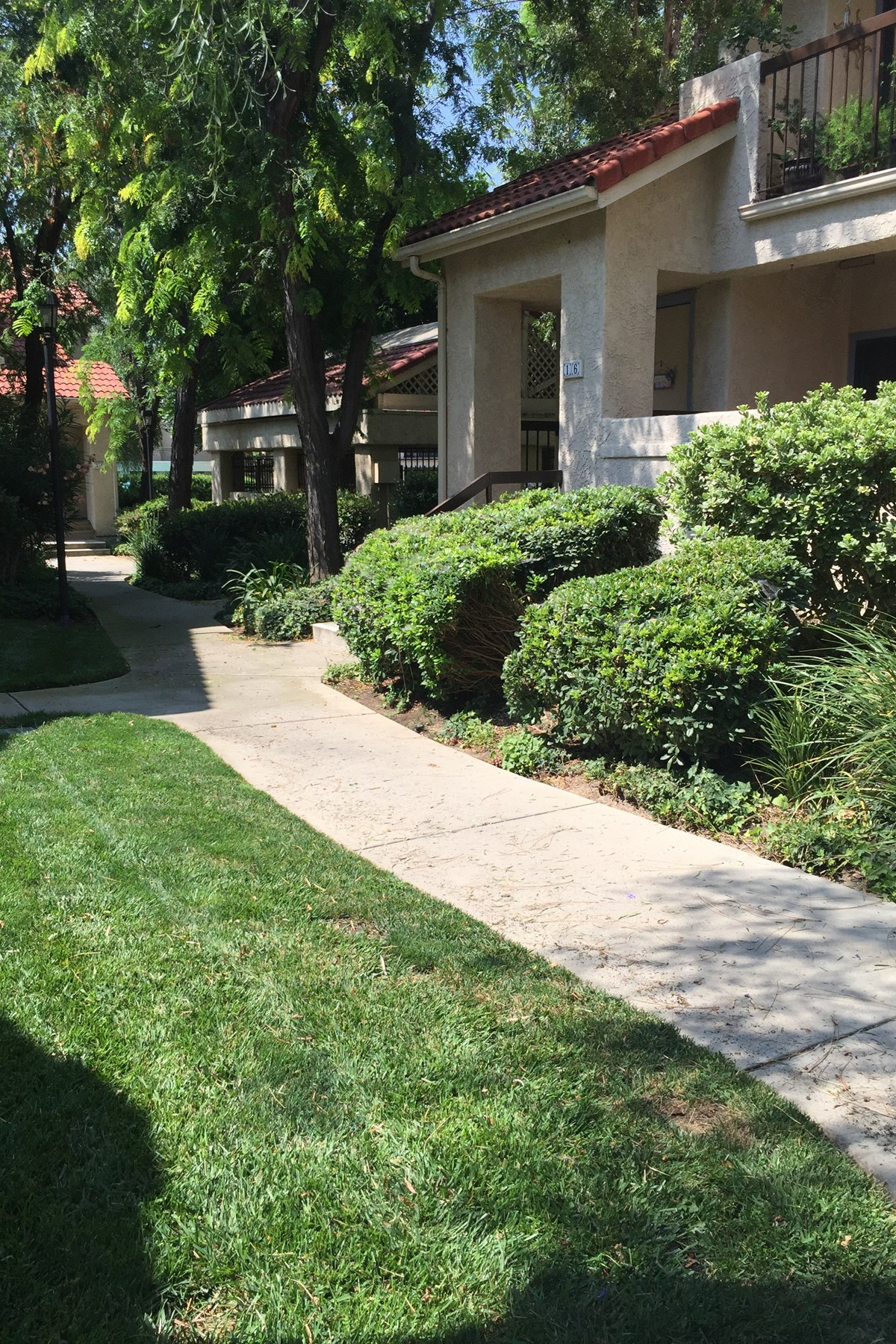 Condominium for Sale at Lovely Simi Valley Condo 2376 Archwood Lane #22 Simi Valley, California, 93063 United States