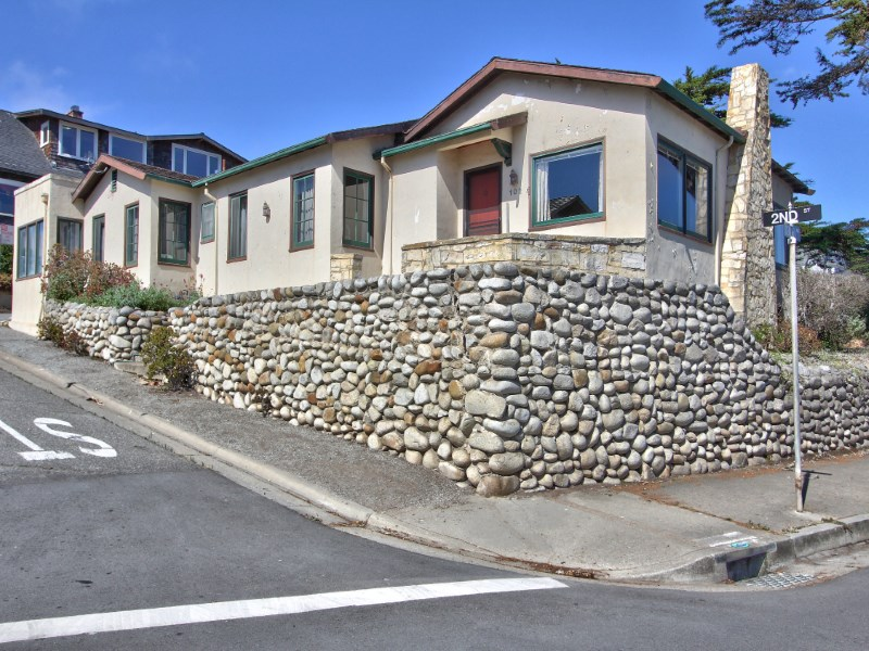 Maison unifamiliale pour l Vente à Ocean View Sanctuary 102 2nd Street Pacific Grove, Californie 93950 États-Unis