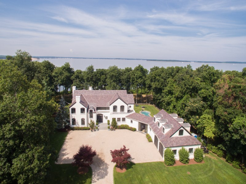Single Family Home for Sale at Waterfront Estate with Guest House 5 North Bay Lane East Hampton, New York 11937 United States