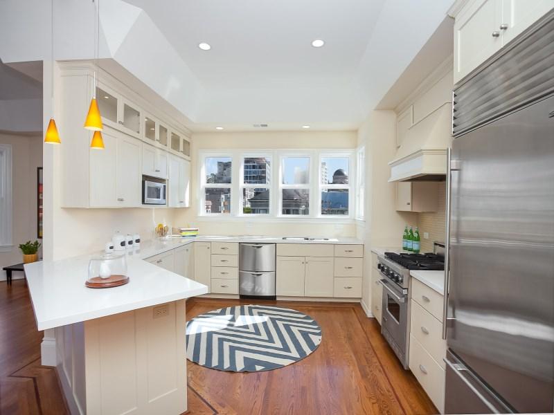 獨棟家庭住宅 為 出售 在 2617A Sacramento Street Pacific Heights, San Francisco, 加利福尼亞州 94115 美國