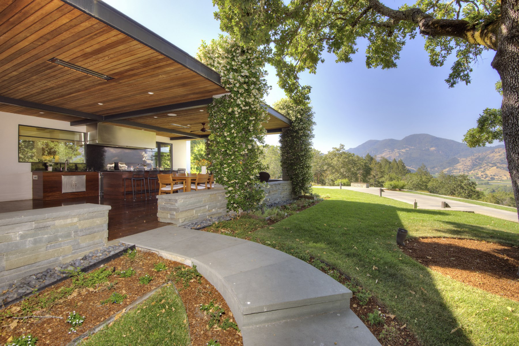 sales property at Sophisticated Elegance in Calistoga