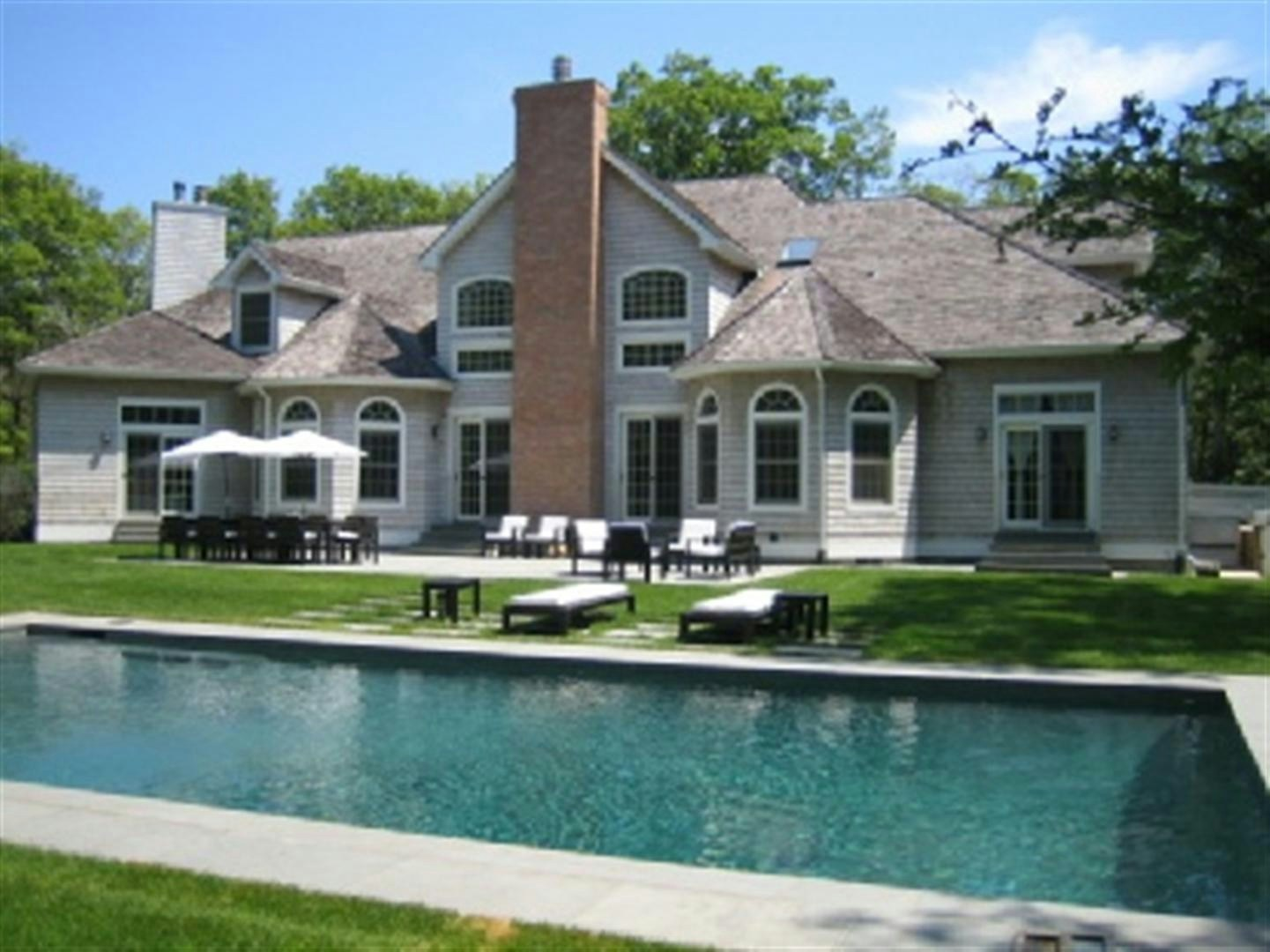 Single Family Home for Rent at Northwest Chic and Spacious East Hampton, New York, 11937 United States