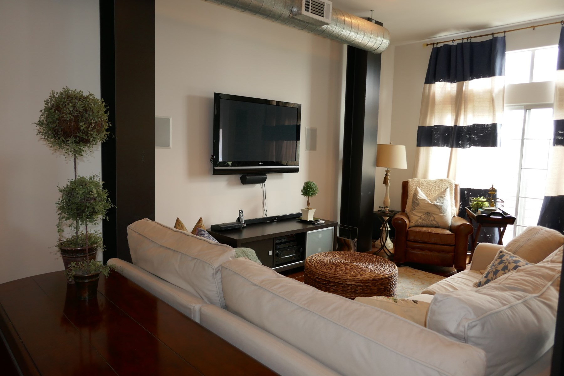 rentals property at Amazing Contemporay Townhouse