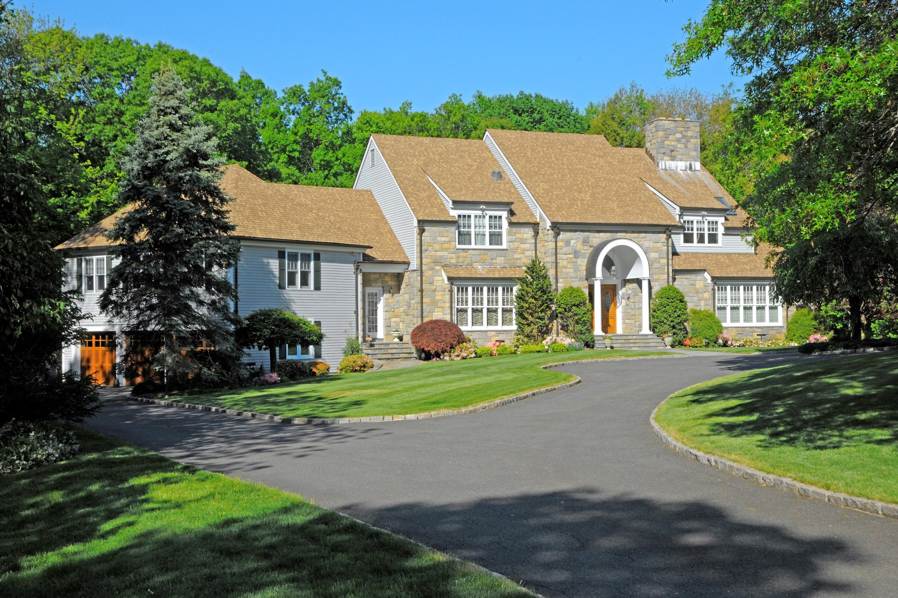 Single Family Home for Sale at Lakeside Round Hill Road Residence 328 Round Hill Road Greenwich, Connecticut 06831 United States