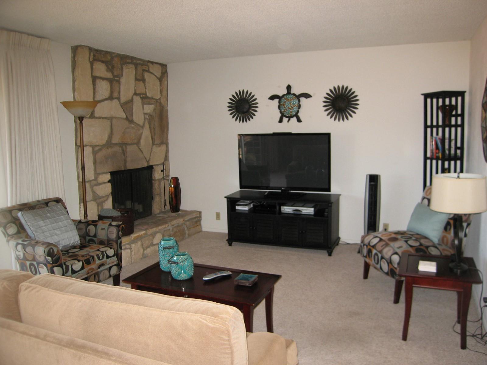 Eigentumswohnung für Verkauf beim Encina Royale Beauty 5900 Encina Road Unit 5 Goleta, Kalifornien 93117 Vereinigte Staaten