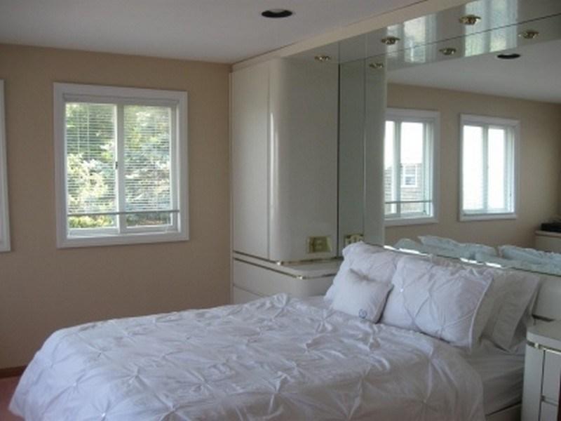 Additional photo for property listing at Sag Harbor Bayfront  Sag Harbor, New York 11963 United States
