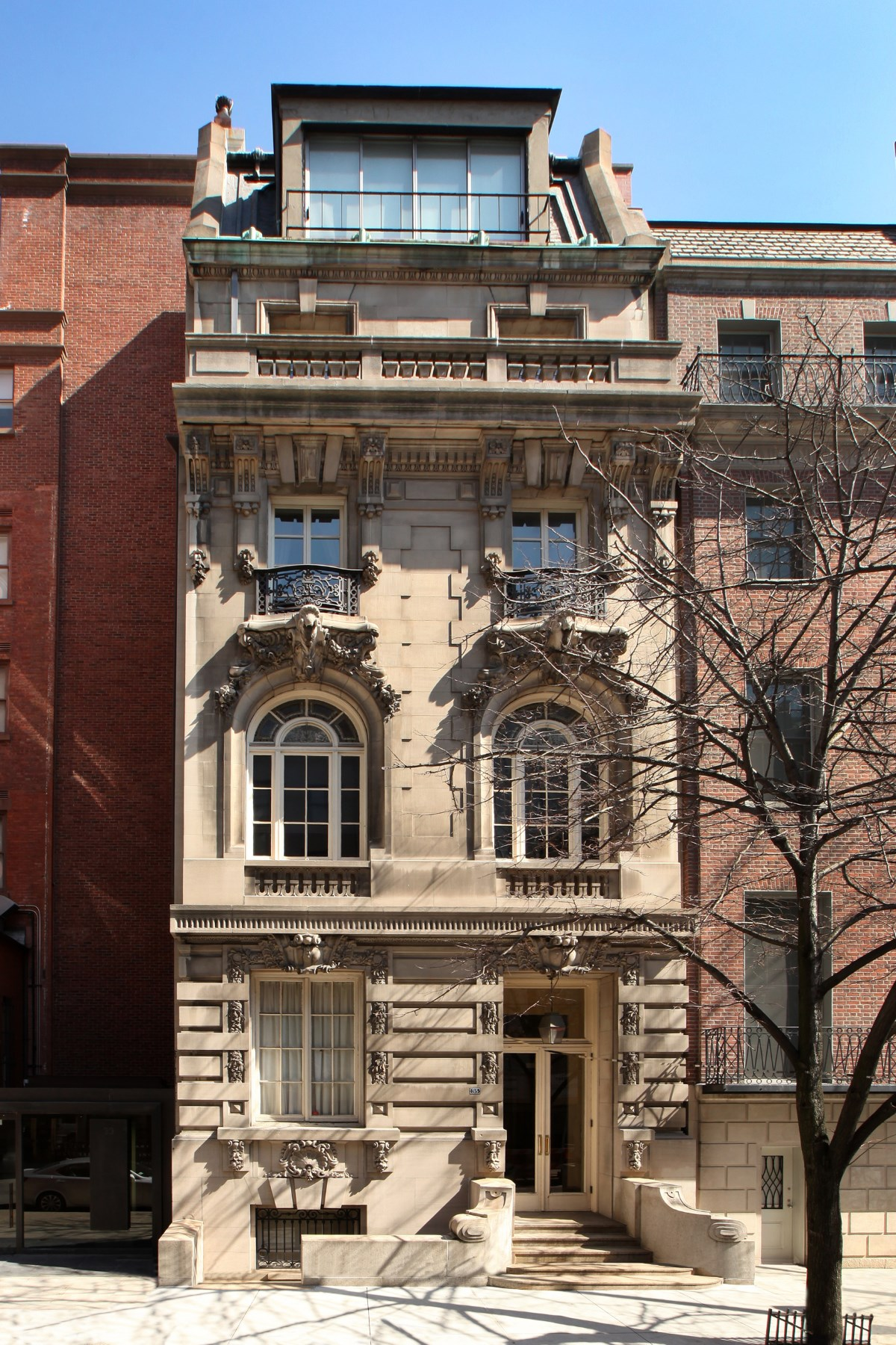 Casa Unifamiliar por un Venta en 35 East 68th Street Upper East Side, New York, Nueva York 10065 Estados Unidos