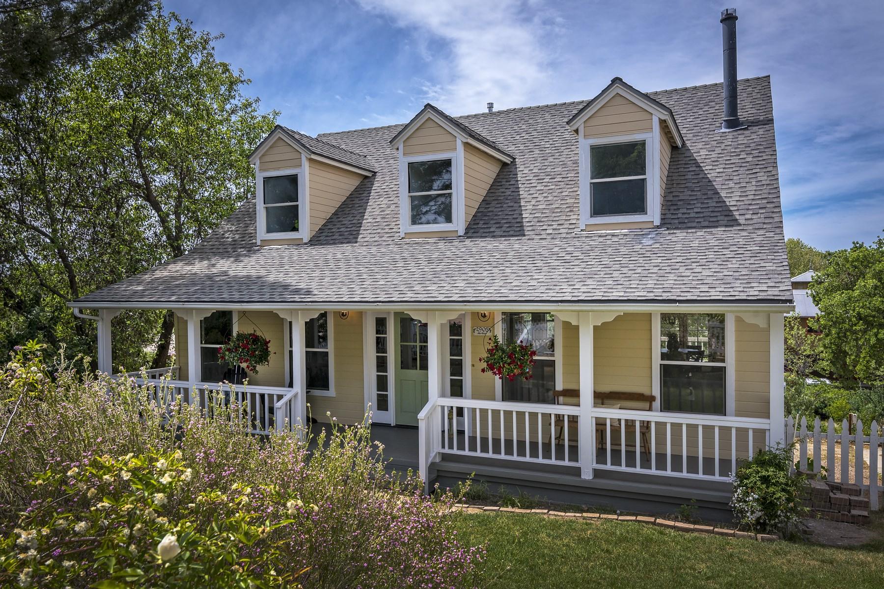 Vivienda unifamiliar por un Venta en Los Olivos Country Cottage 2905 Alta Street Los Olivos, California, 93441 Estados Unidos