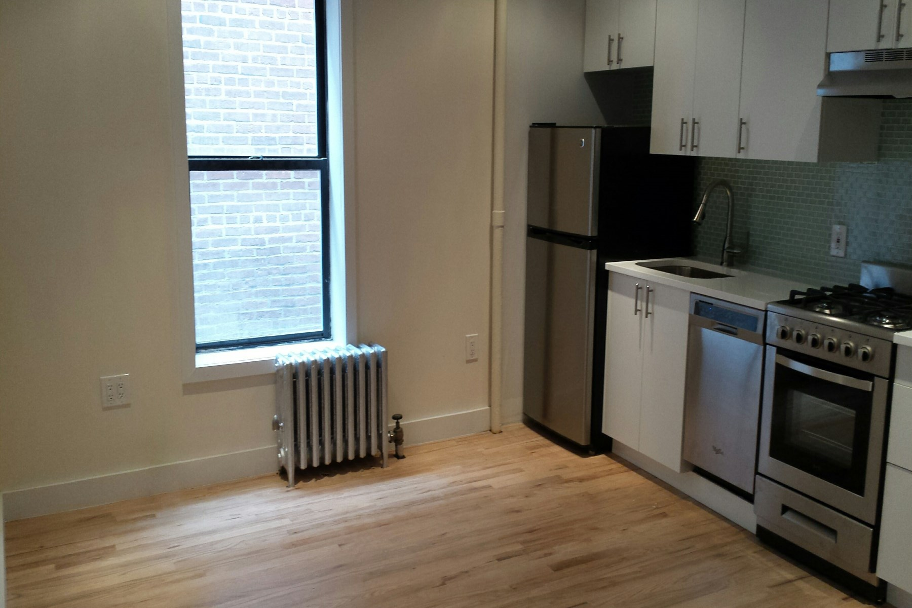 Townhouse for Rent at 319 East 95th Street 319 East 95th Street Apt 27 Upper East Side, New York, New York, 10128 United States