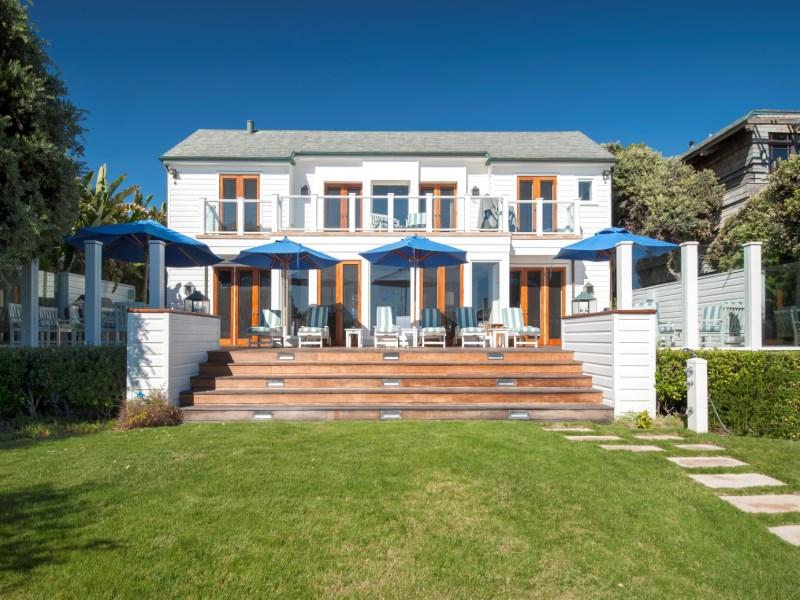 Casa para uma família para Locação às Flawless Broad Beach Cape Cod w/Pool 31108 Broad Beach Road Malibu, Califórnia 90265 Estados Unidos