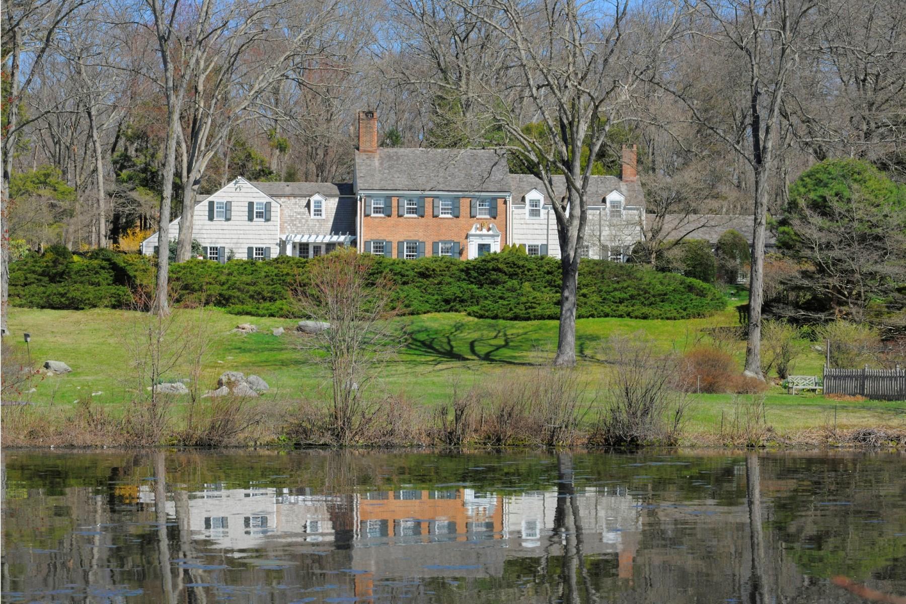 Vivienda unifamiliar por un Venta en 295 Round Hill Road Mid-Country, Greenwich, Connecticut, 06831 Estados Unidos