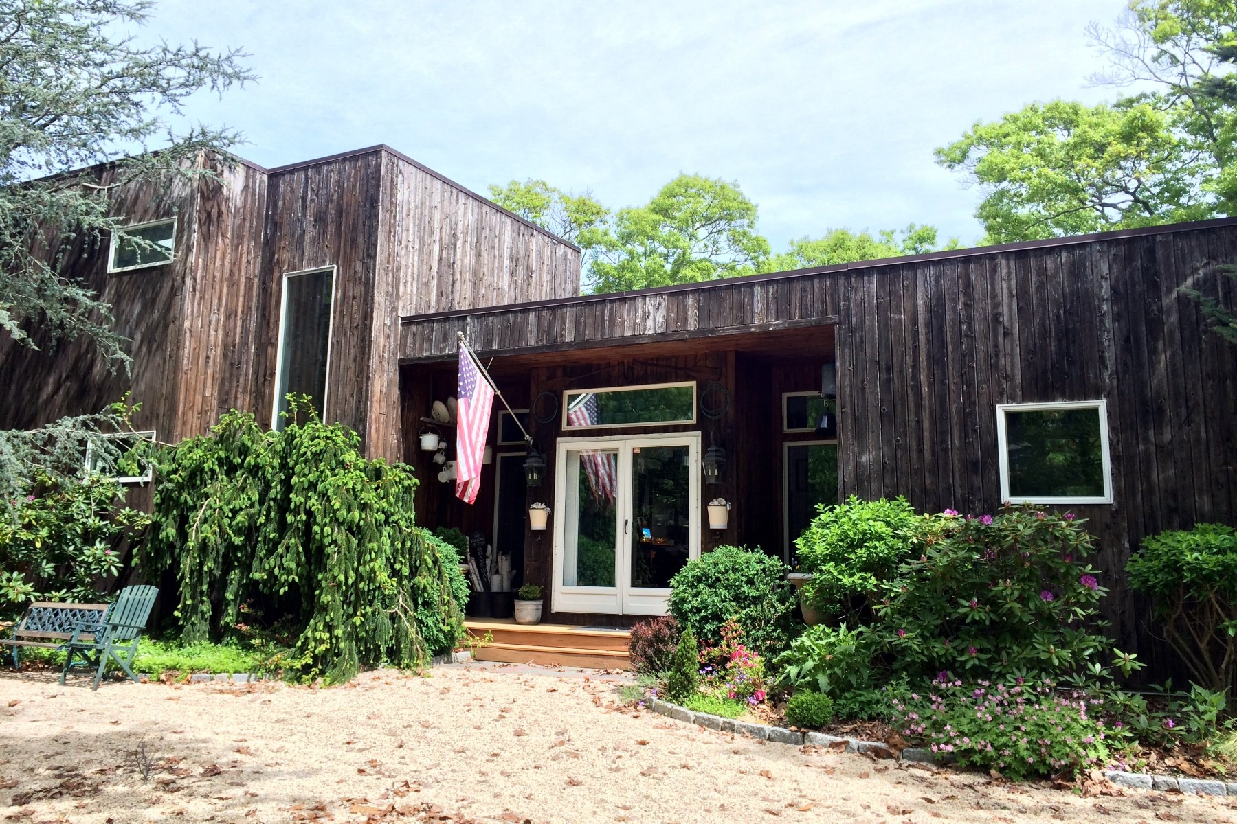 Vivienda unifamiliar por un Venta en Pristine Contemporary on 5 Woodbine Drive East Hampton, Nueva York 11937 Estados Unidos