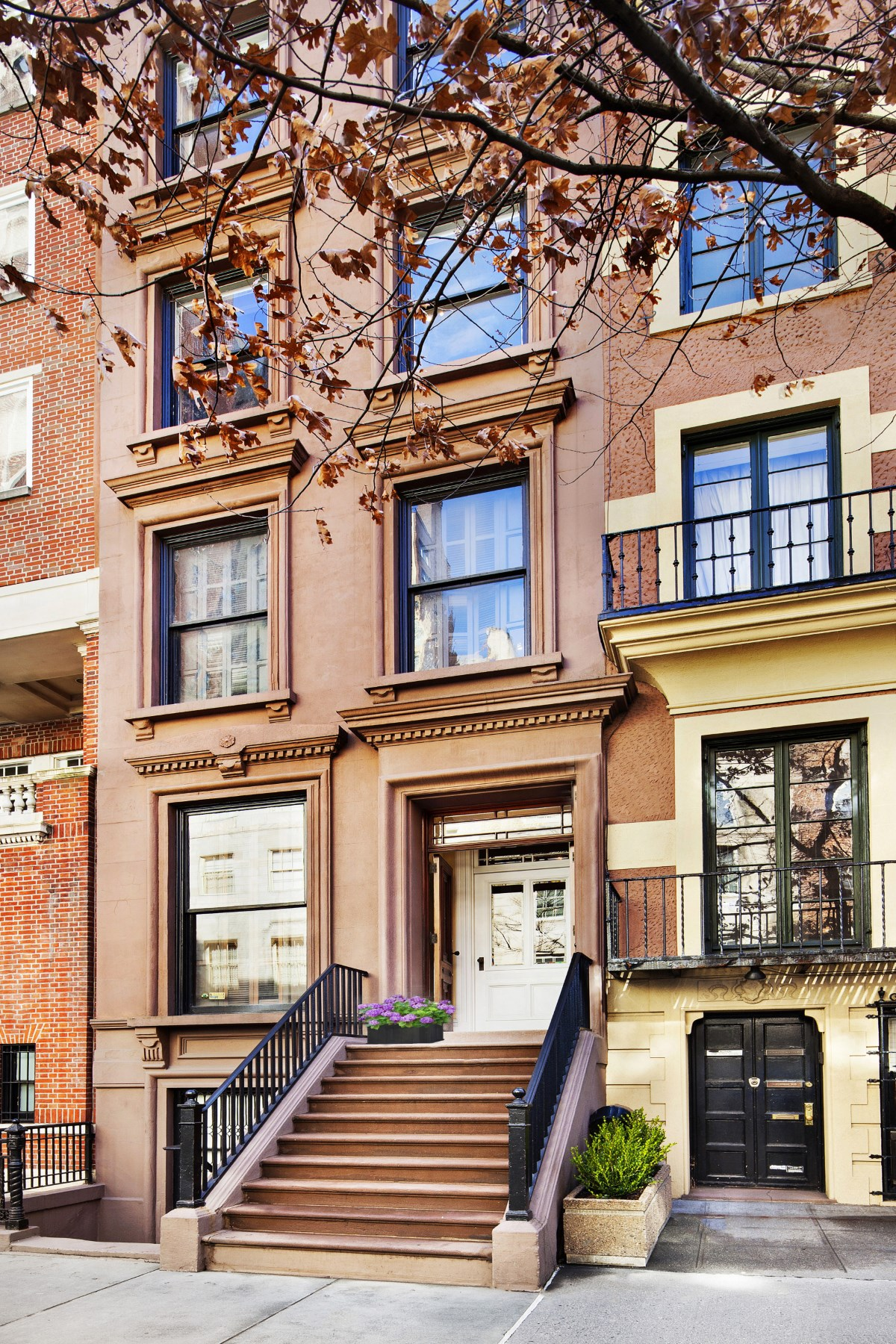 rentals property at 38 East 70th Street