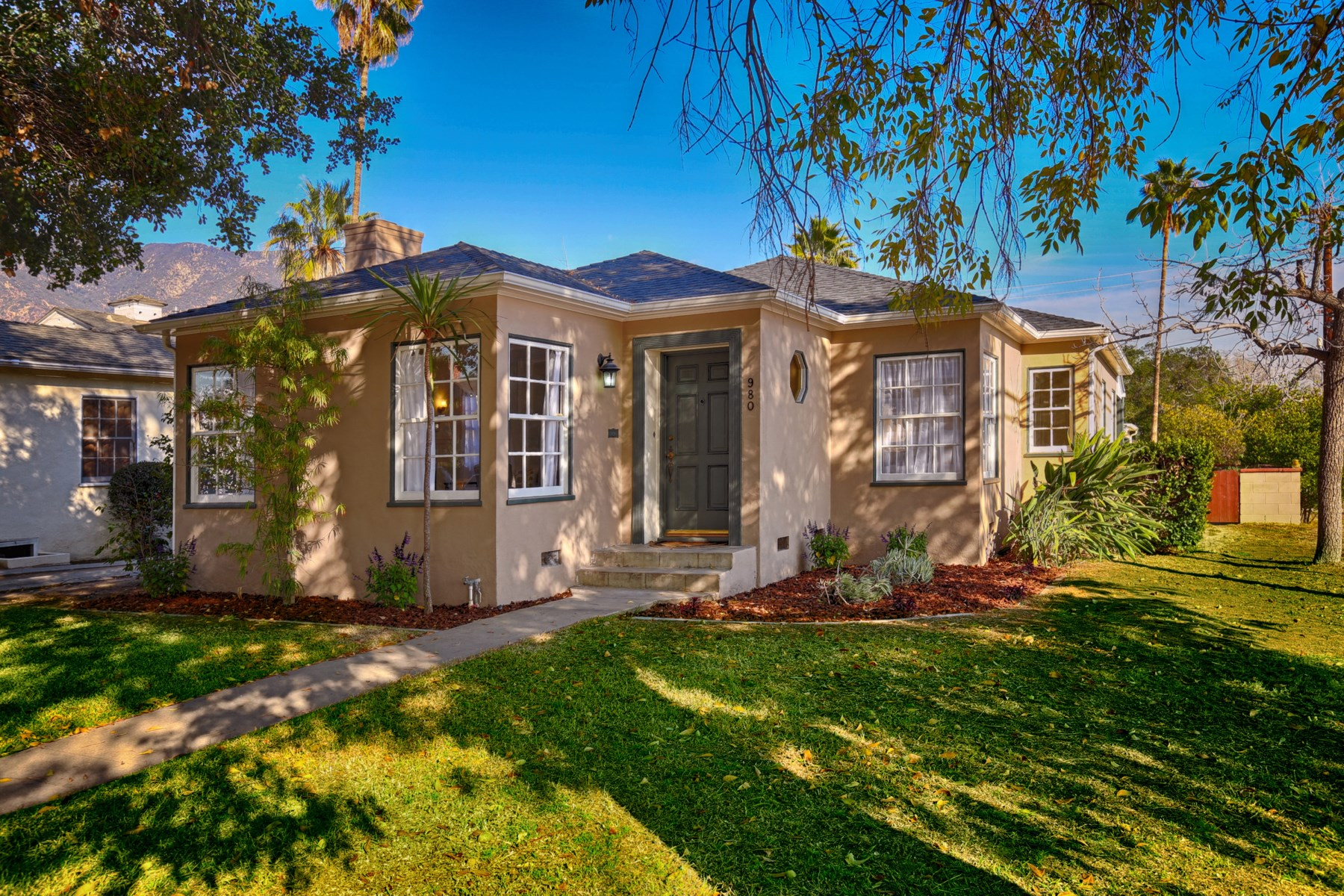 Single Family Home for Sale at Vintage Pasadena Style 980 North Vinedo Avenue Pasadena, California 91107 United States
