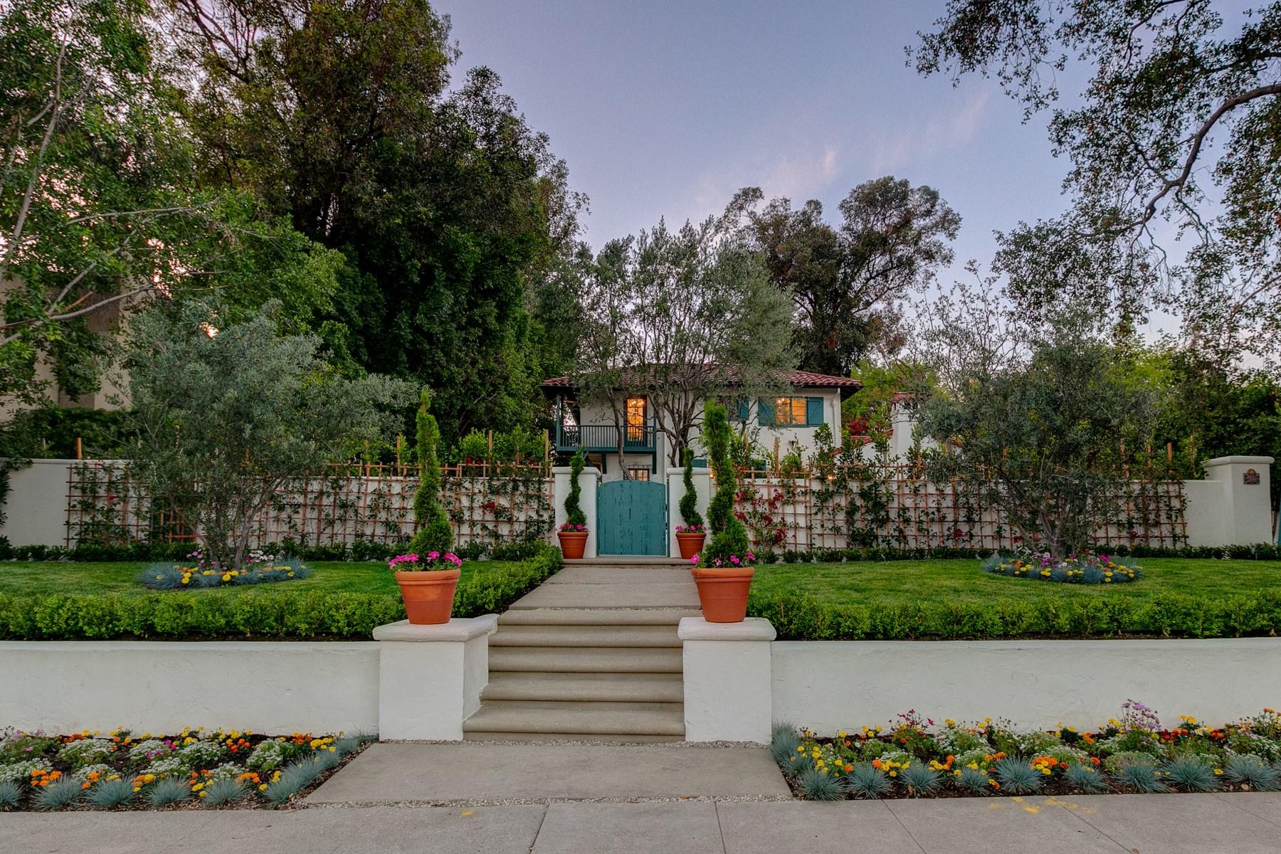 Maison unifamiliale pour l Vente à 455 West California Boulevard 455 West California Blvd. Pasadena, Californie 91105 États-Unis