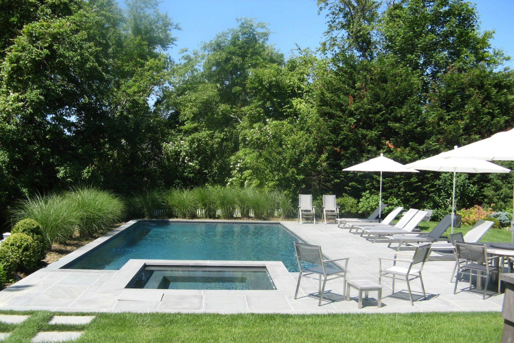rentals property at Sagaponack Pondfront