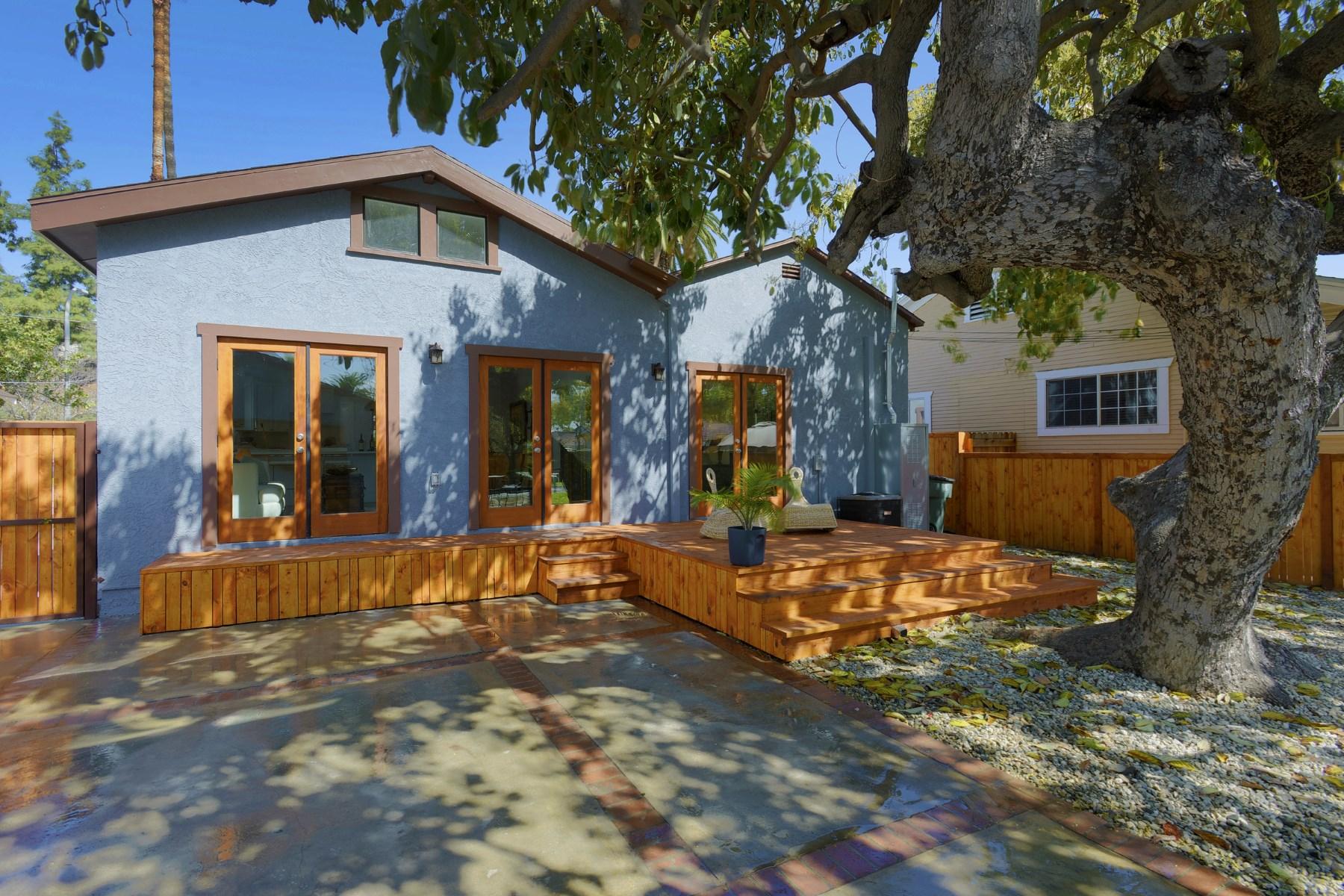Vivienda unifamiliar por un Venta en 1588 Corson Street Pasadena, California, 91106 Estados Unidos