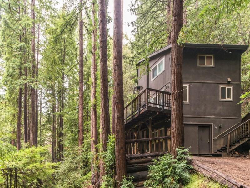 Maison unifamiliale pour l Vente à Retreat in the Redwoods 5921 Garrapatos Road Carmel, Californie 93923 États-Unis
