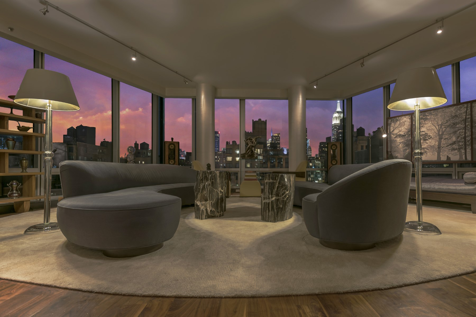 Appartement en copropriété pour l Vente à 166 West 18th Street, 12th Floor 166 West 18th Street 12th Floor Chelsea, New York, New York 10011 États-Unis