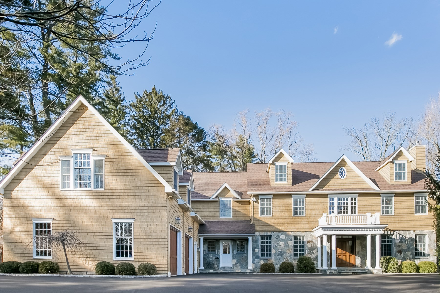 Single Family Home for Sale at Cat Rock Road Cos Cob, Connecticut, 06807 United States