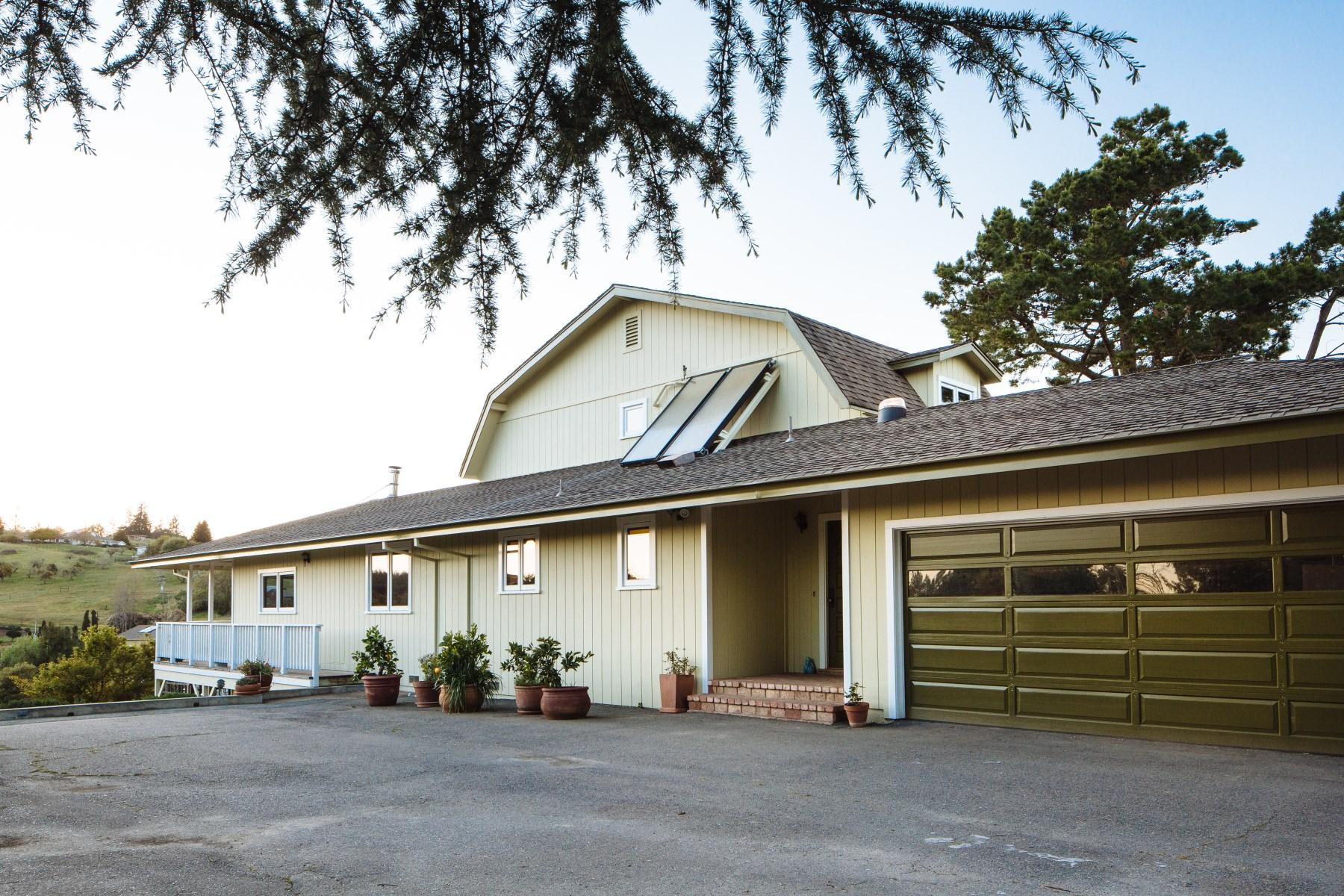 단독 가정 주택 용 매매 에 Sustainable Living in Sonoma County 749 Ferguson Rd Sebastopol, 캘리포니아, 95472 미국