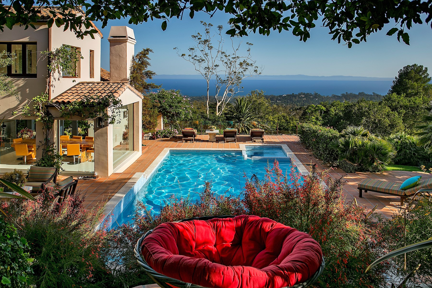 Single Family Home for Sale at A Secluded Retreat 995 Hot Springs Road Montecito - Upper Village, Montecito, California, 93108 United States
