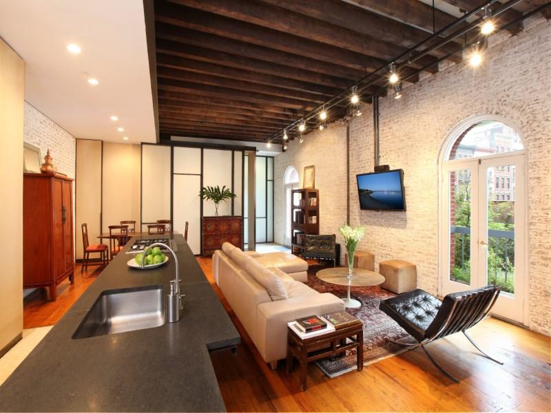 合作公寓 为 销售 在 Tribeca Oasis 16 Hudson Street Apt 2e Tribeca, New York, 纽约州 10013 美国