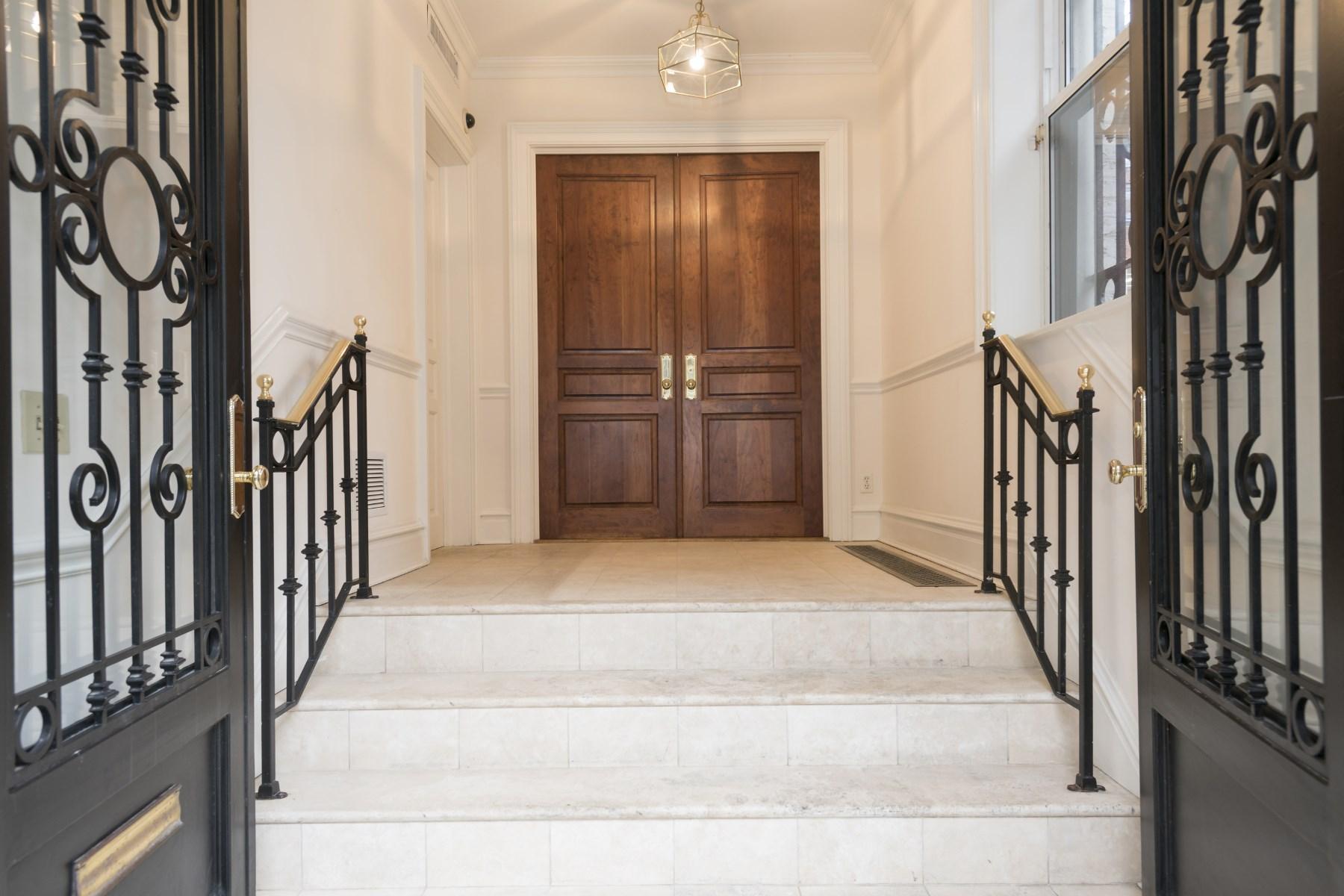rentals property at Fabulous Townhouse Rental