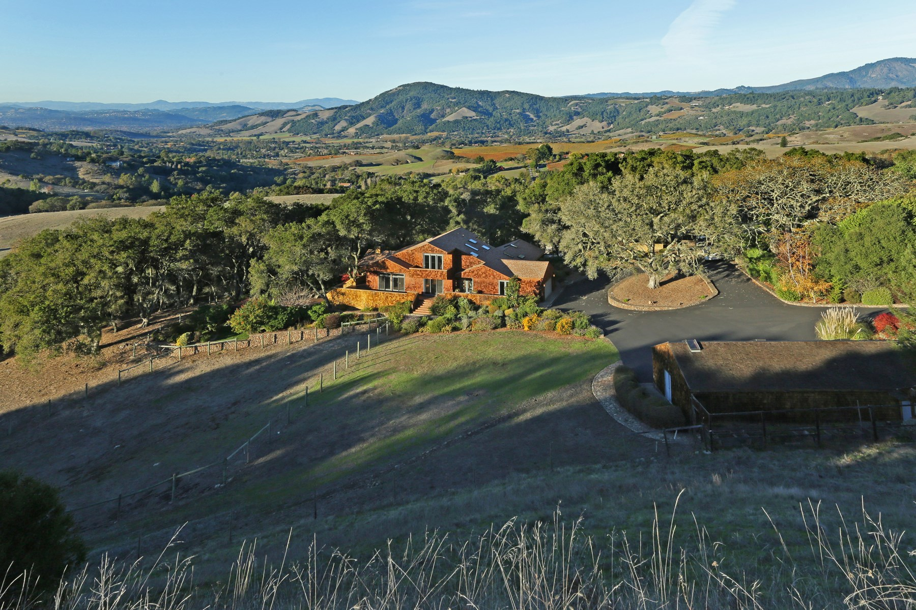 Moradia para Venda às Bennett Valley Country Living 5155 Burnham Ranch Rd Santa Rosa, Califórnia 95404 Estados Unidos