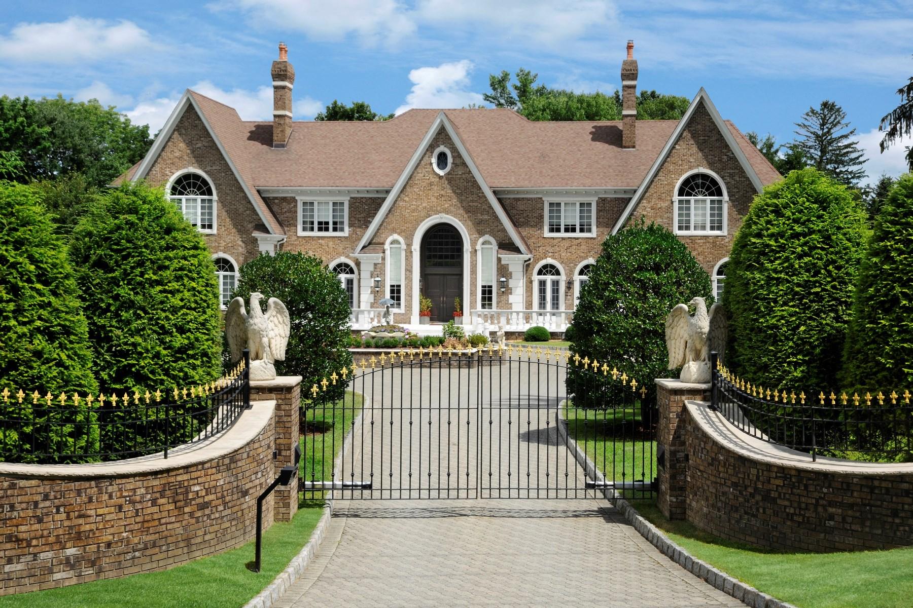 Casa para uma família para Venda às Round Hill Estate 261 Round Hill Road Mid-Country, Greenwich, Connecticut 06831 Estados Unidos