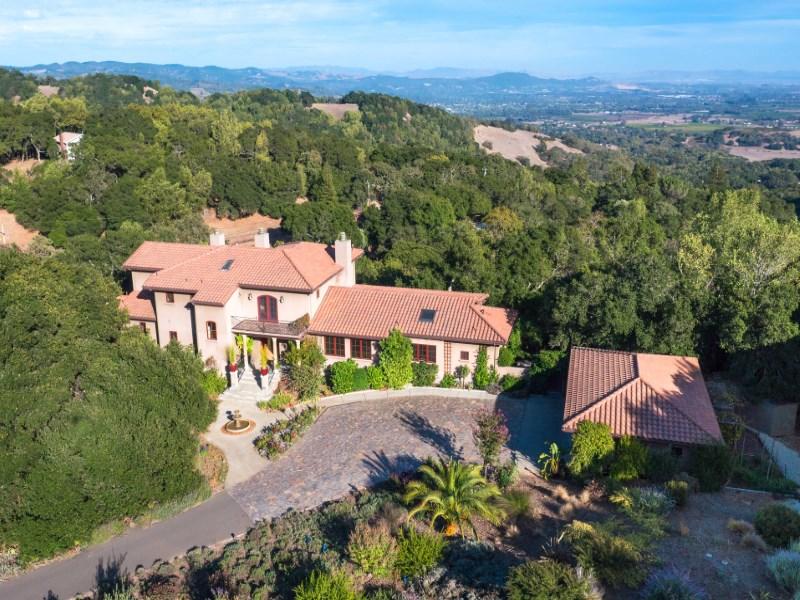 獨棟家庭住宅 為 出售 在 Spectacular Sonoma Valley Views 3790 Grove St Sonoma, 加利福尼亞州 95476 美國