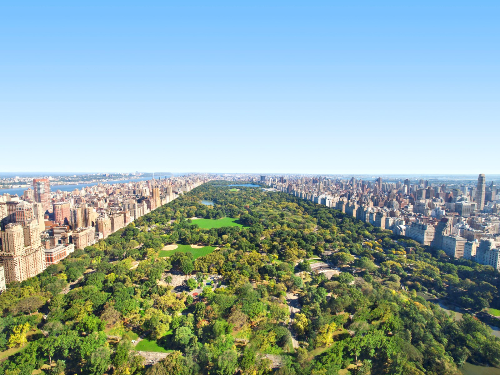 Appartement en copropriété pour l Vente à 57 Linear Ft Overlooking Central Park 157 West 57th Street Apt 62a New York, New York 10023 États-Unis