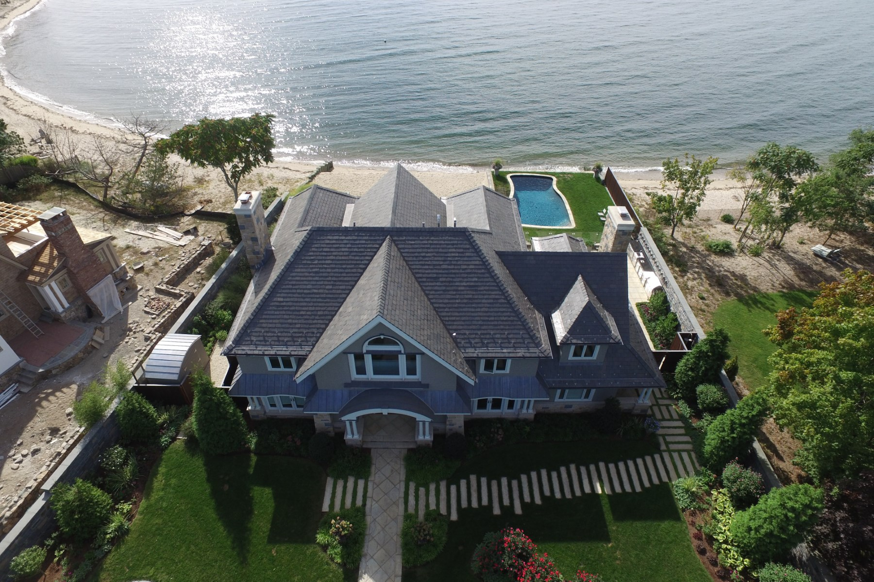 Property Of Stunning Oceanfront Island Haven