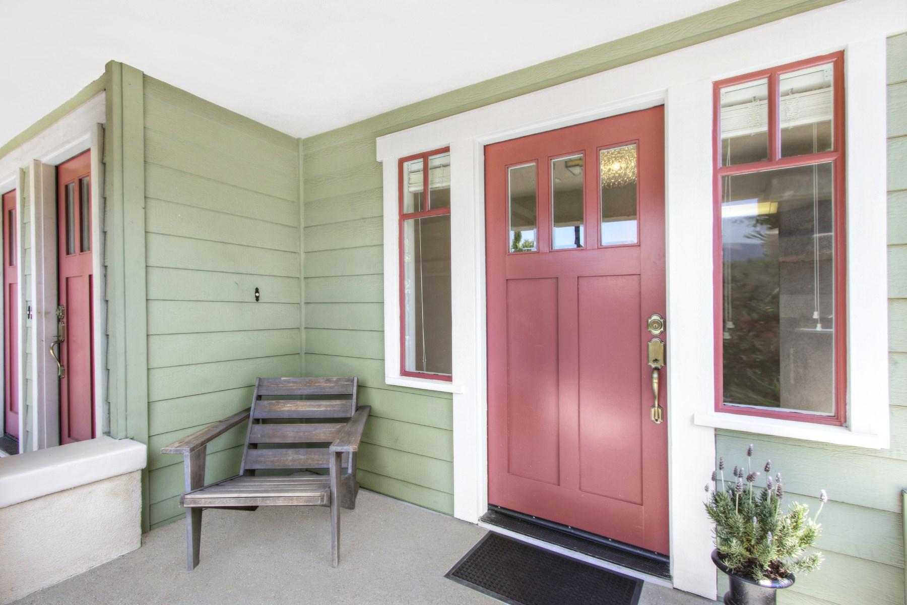 Частный односемейный дом для того Продажа на 1619 Rockwood Street Echo Park, Los Angeles, Калифорния, 90026 Соединенные Штаты
