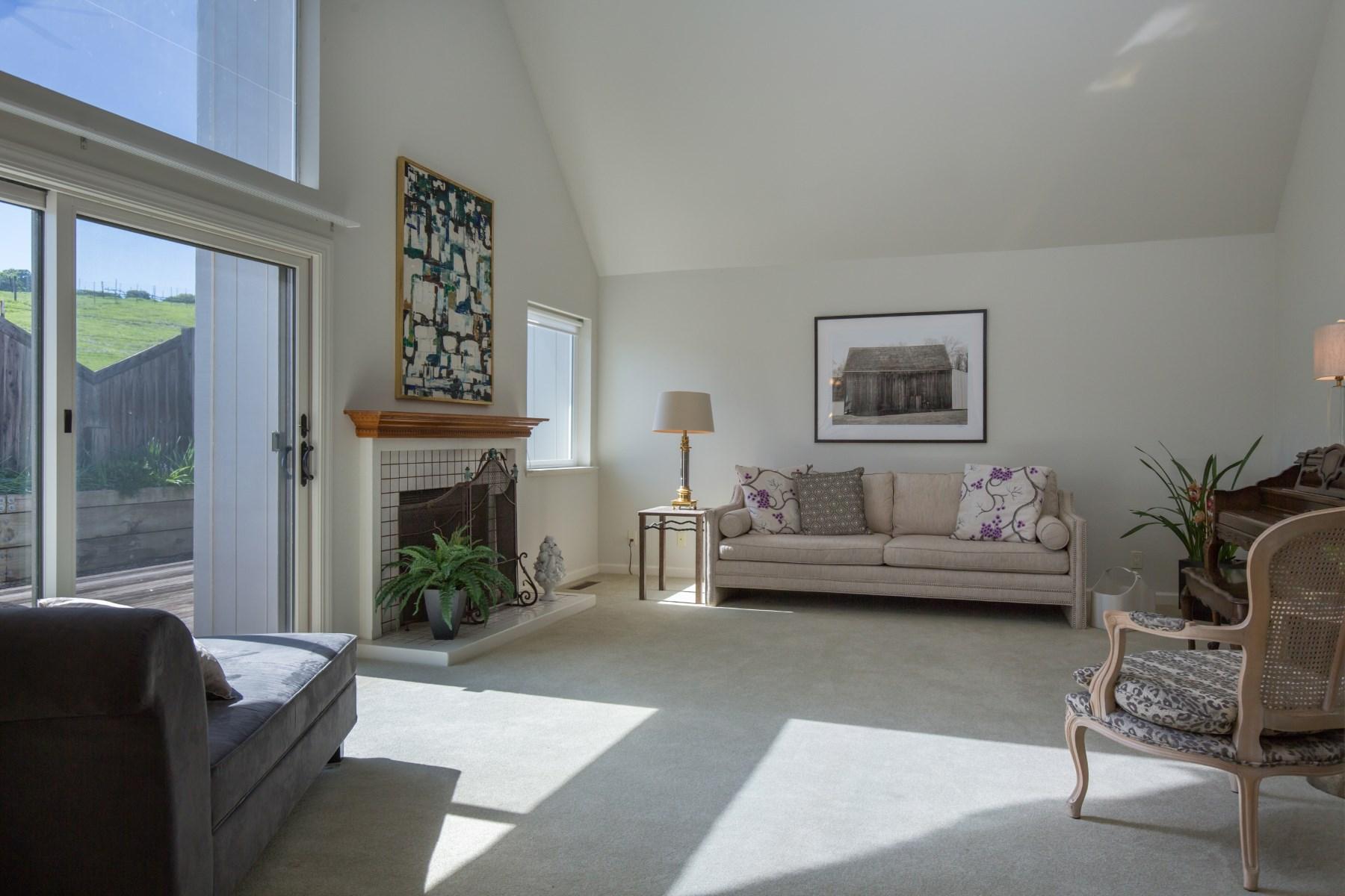Single Family Home for Sale at Sweeping Views 717 Lobelia Ct Sonoma, California, 95476 United States