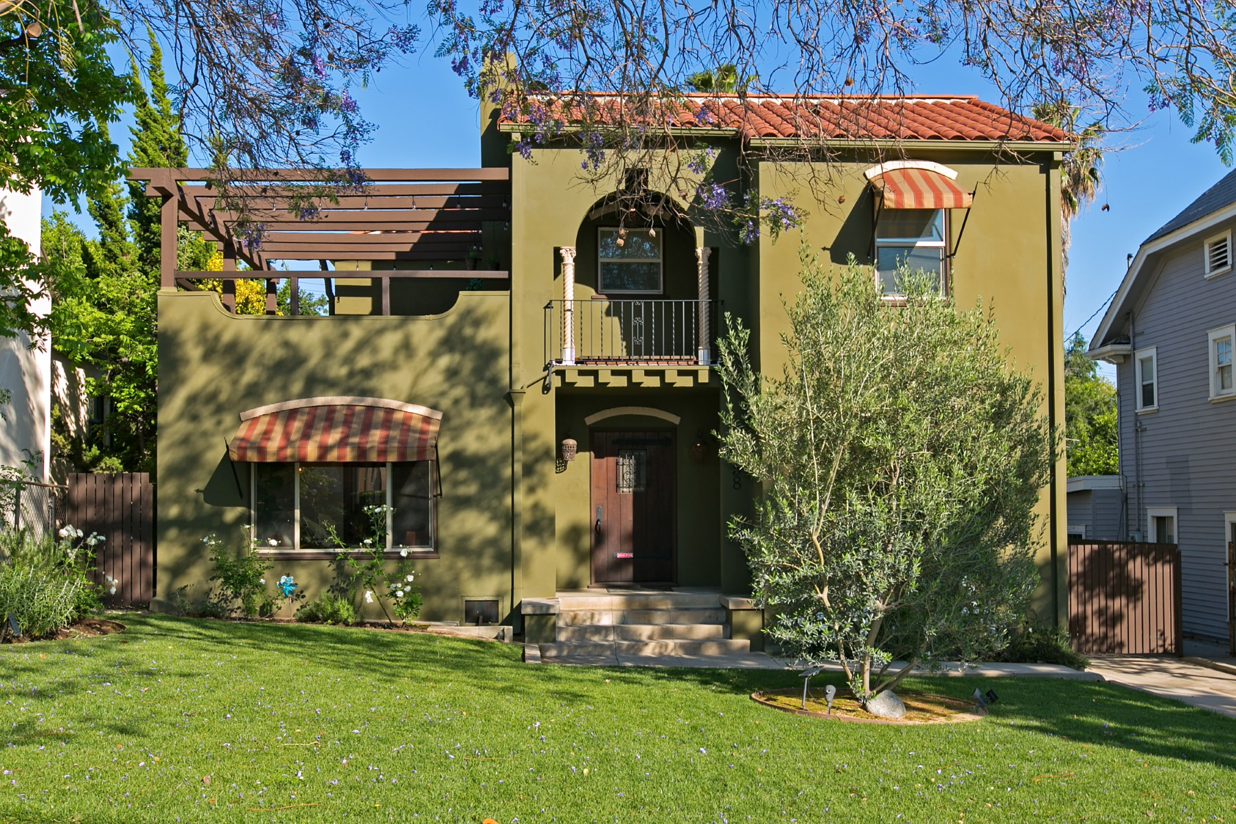 Single Family Home for Sale at 5258 Live Oak View Avenue Eagle Rock, Los Angeles, California, 90041 United States