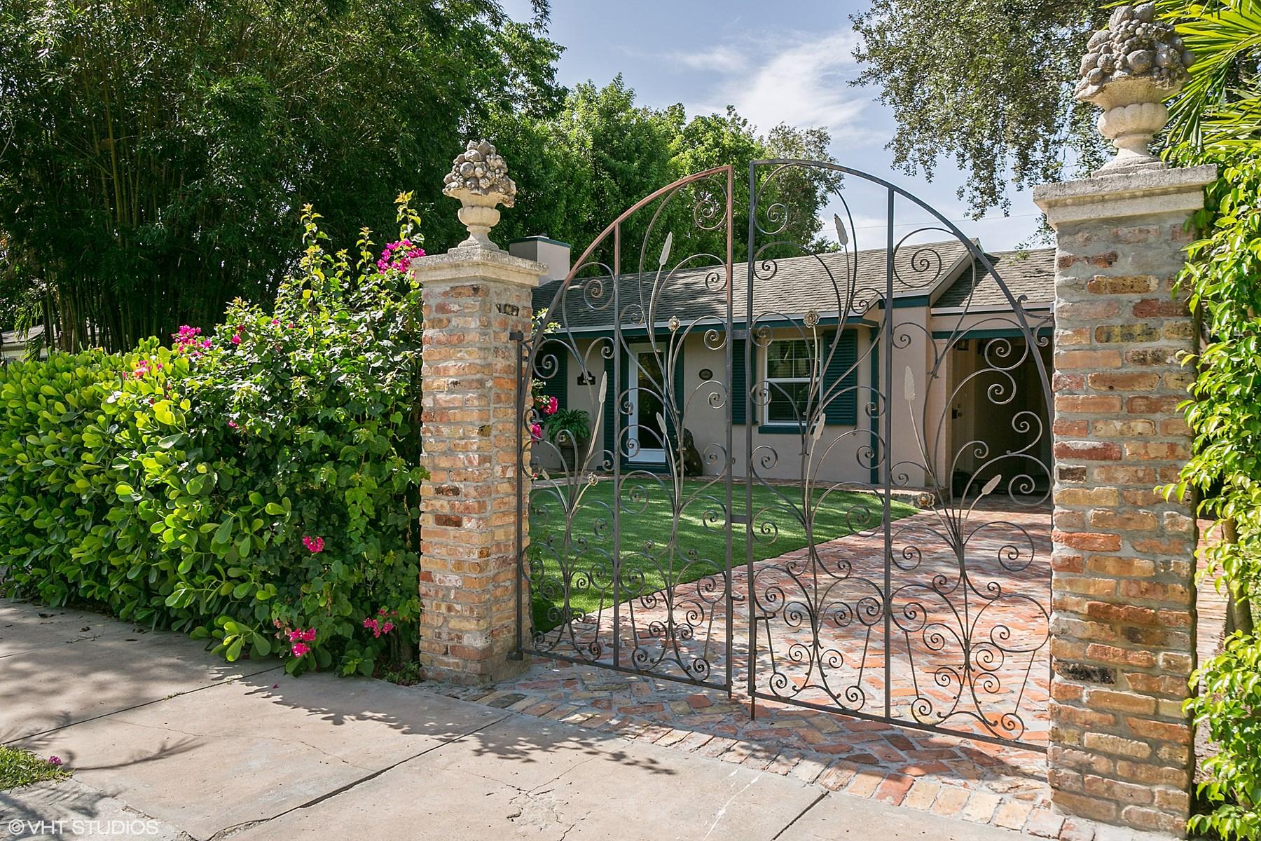 Villa per Vendita alle ore Historic El Cid Landmarked Jewel 322 Valencia Rd West Palm Beach, Florida, 33401 Stati Uniti