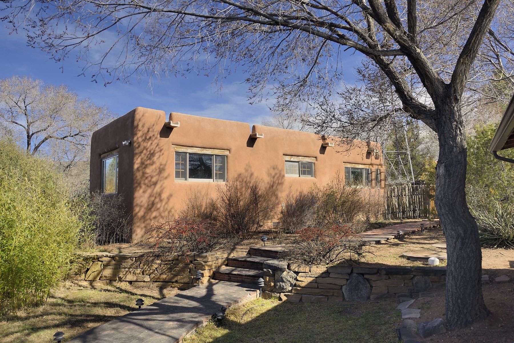 Vivienda unifamiliar por un Venta en 623 12 Garcia Street Santa Fe, Nuevo Mexico, 87505 Estados Unidos