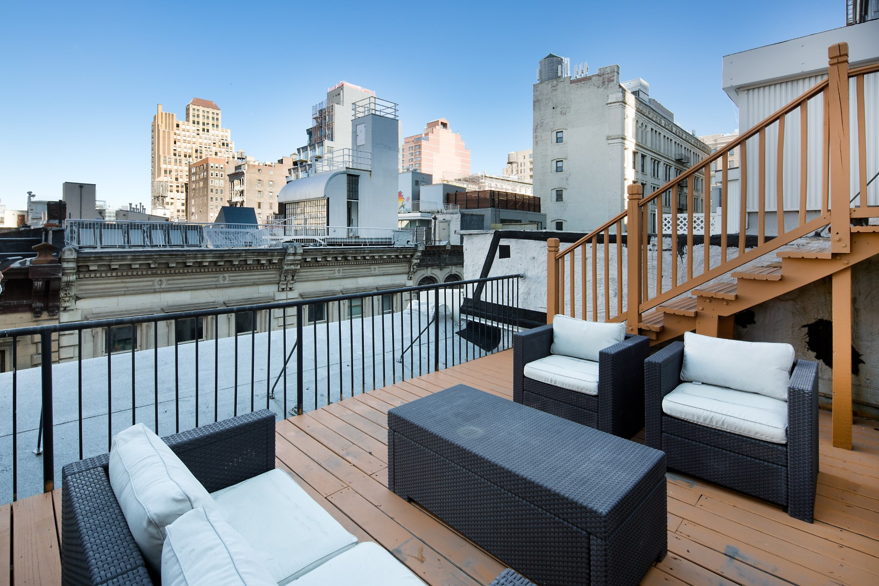 コンドミニアム のために 売買 アット Duplex Loft Condo with Private Terrace 78-80 Leonard Street Apt 5E Tribeca, New York, ニューヨーク, 10013 アメリカ合衆国