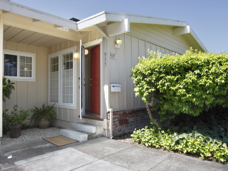 Single Family Home for Sale at Sonoma Mission Village Gem 935 1st St W Sonoma, California 95476 United States