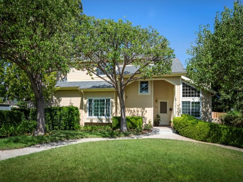 多棟聯建住宅 為 出售 在 The Meadow in Carpinteria 1531 Meadow Circle Carpinteria, 加利福尼亞州 93013 美國