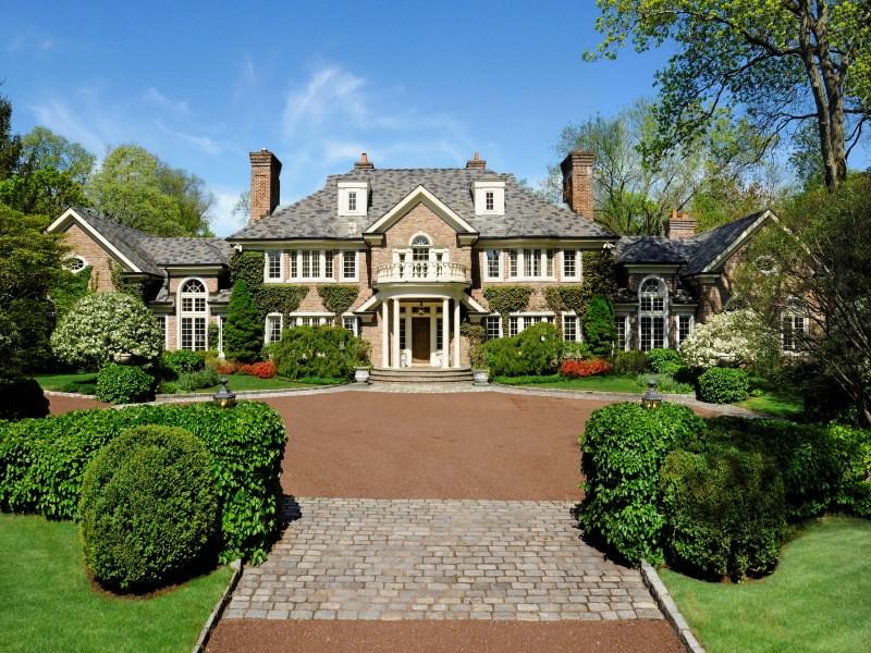 Einfamilienhaus für Verkauf beim Khakum Wood Georgian 24 Khakum Wood Drive Greenwich, Connecticut 06831 Vereinigte Staaten