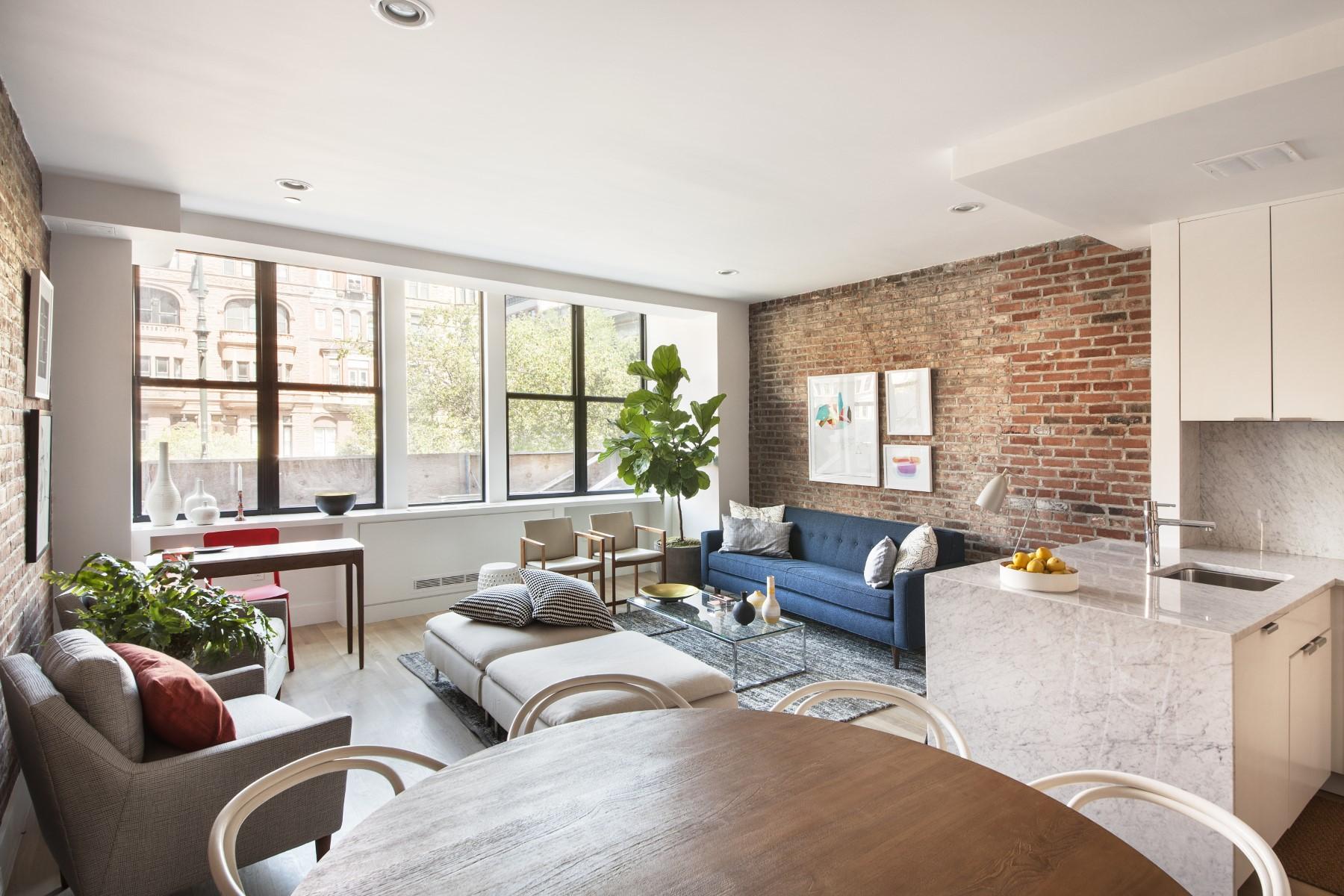 Condominio per Vendita alle ore 192 Lenox Avenue, Unit 2 192 Lenox Avenue Apt 2 New York, New York 10026 Stati Uniti