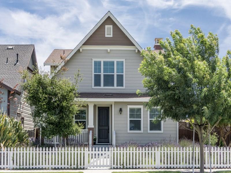 Nhà ở một gia đình vì Bán tại Lavender Fields Forever 112 Nacional Avenue Spreckels, California 93962 Hoa Kỳ