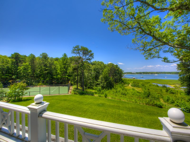 Villa per Vendita alle ore Wianno Head Waterfront Estate 75 Bayberry Way Osterville, Massachusetts 02655 Stati Uniti