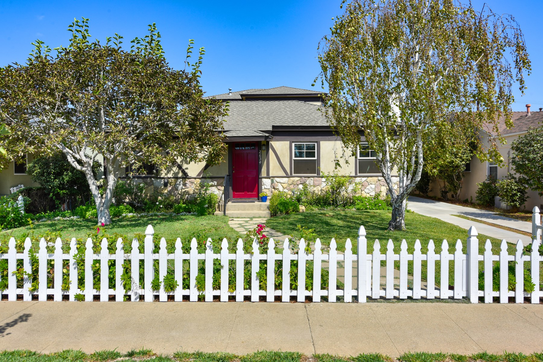 Single Family Home for Sale at Redesigned Rancho Park Home 2634 Greenfield Avenue Rancho Park, Los Angeles, California, 90064 United States